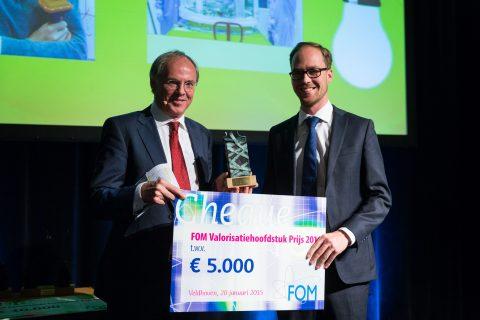 Presentation of the FOM Valorisation Chapter Prize 2014